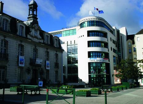 façade de la mairie de Sannois