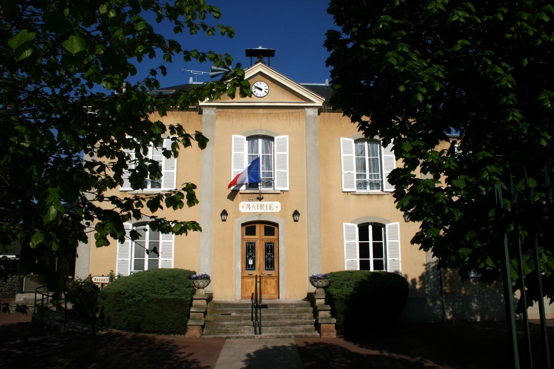 façade de la mairie de Asnieres-sur-oise