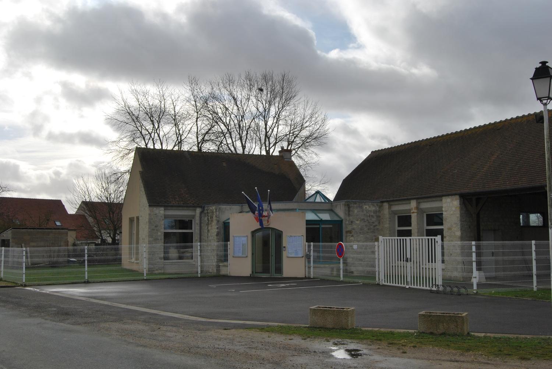 façade de la mairie de Le bellay-en-vexin