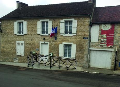 façade de la mairie de Hedouville