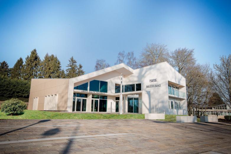 façade de la mairie de Baillet-en-france