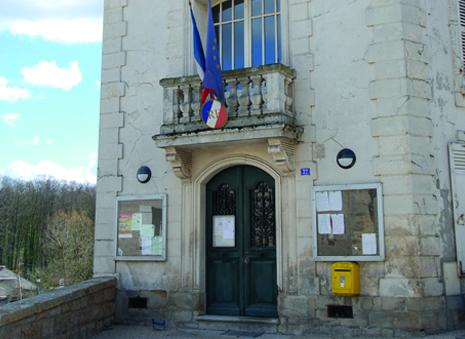 façade de la mairie de Condecourt