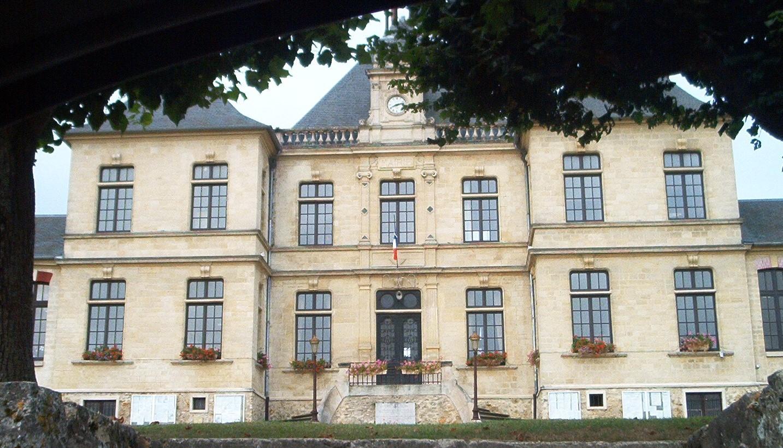façade de la mairie de Villiers-adam
