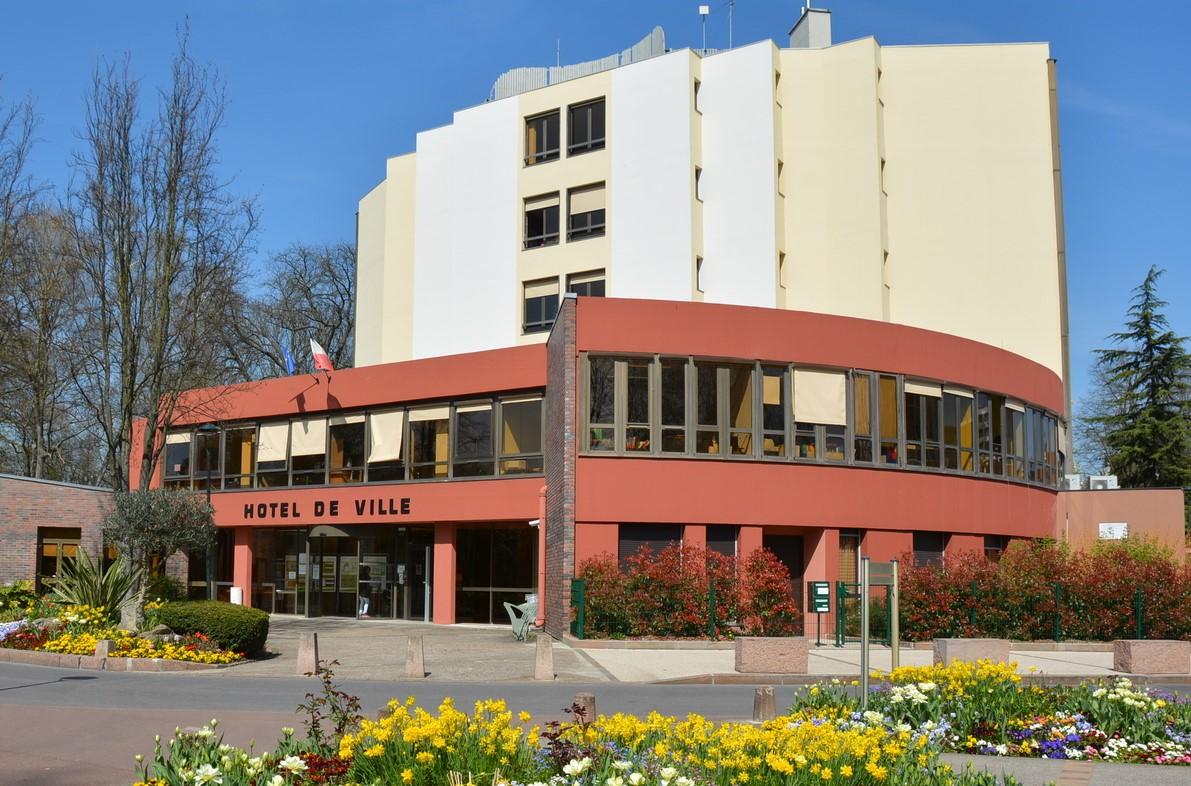 façade de la mairie de Saint-ouen-l'aumone