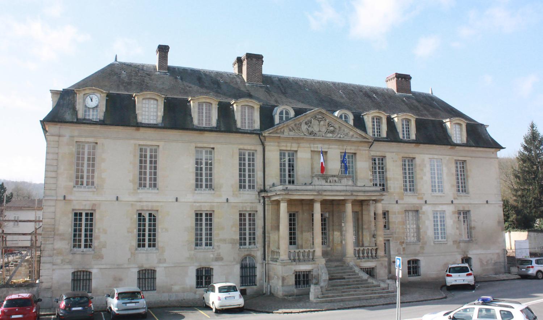 façade de la mairie de Viarmes
