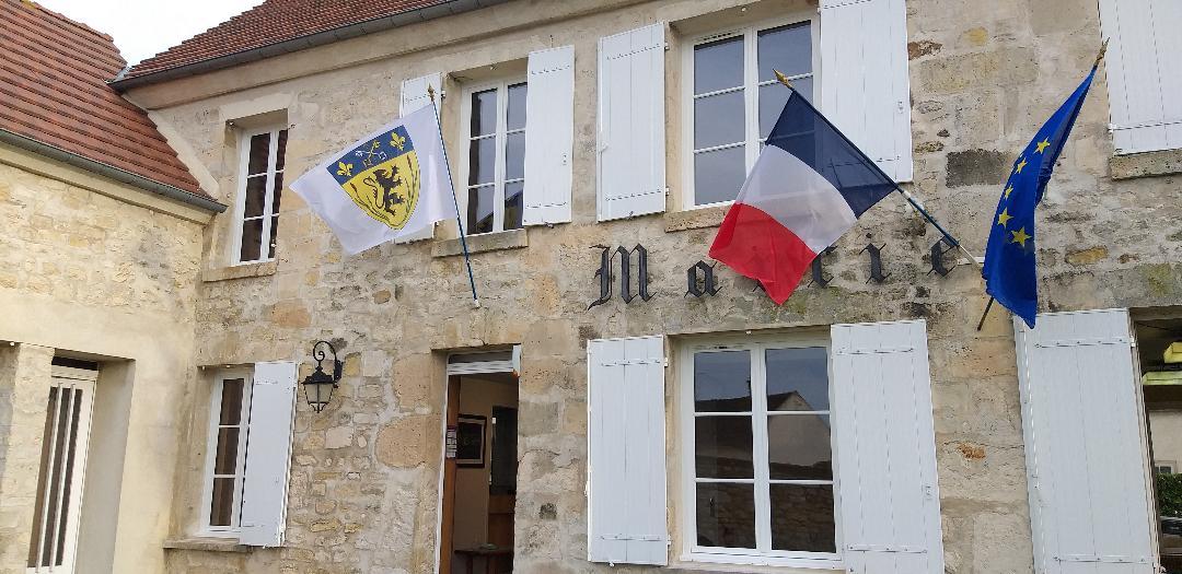 façade de la mairie de Arronville